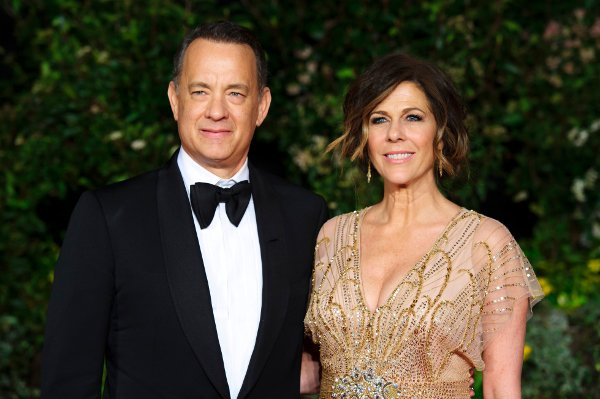00_tom-hanks-and-rita-wilson2_r5075.jpeg