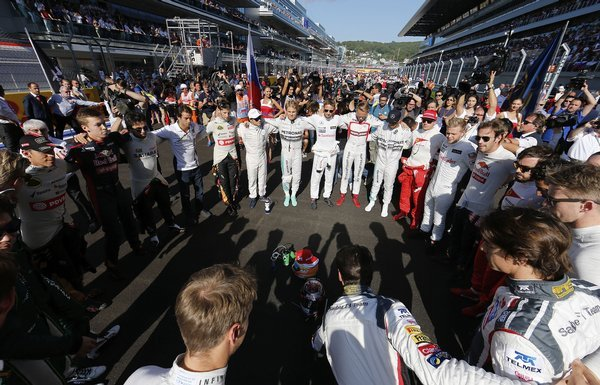 russia_f1_gp_auto_racing-7ade9a9c2975402_r9358_res.jpeg