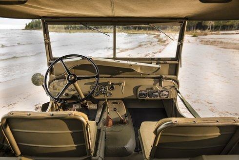 jeep-willys-overland-mb-kokpit_r1324_res.jpg