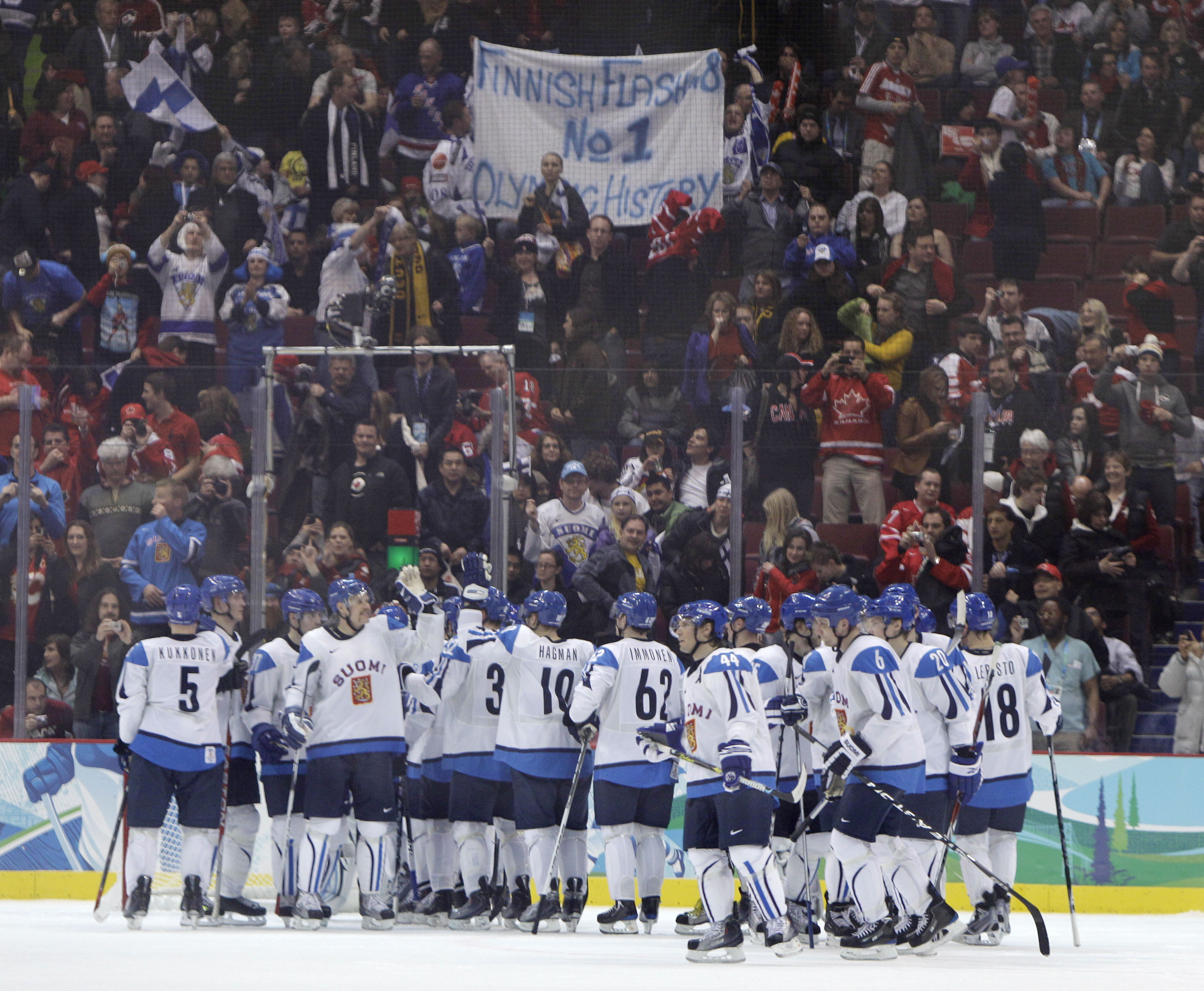 20100220_080450_vancouver_olympics_ice_h_r6003.jpg