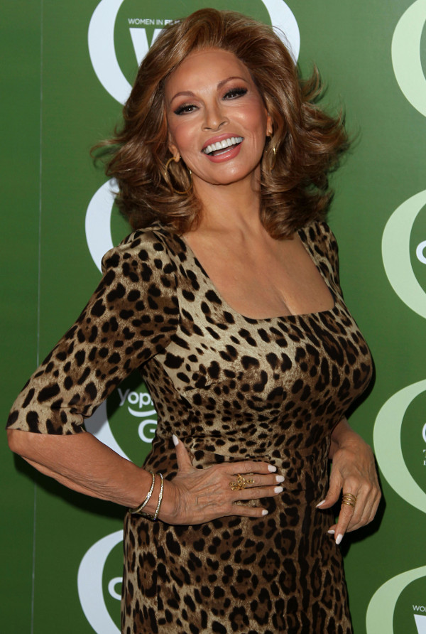 raquel-welch_r4600.jpeg