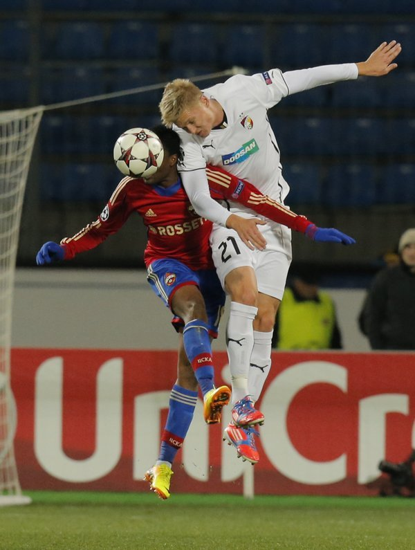 russia_soccer_champions_league6914520942_r1044_res.jpg