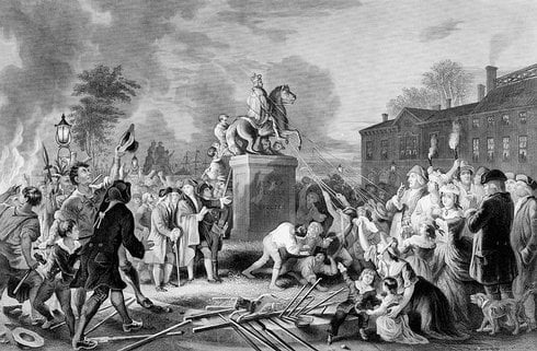 pulling-down-the-statue-of-george-iii-wa_res.jpg