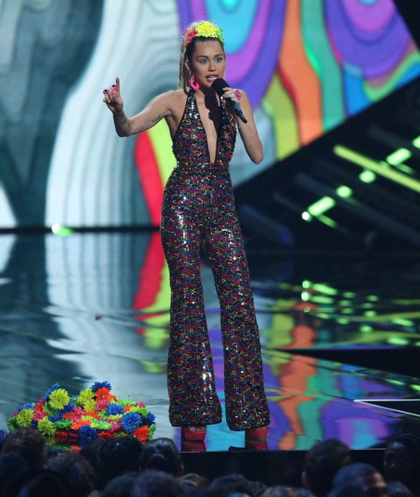 aptopix_2015_mtv_video_music_awards_-_sh_r7743.jpg
