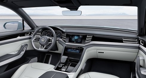 vw-cross-coupe-kokpit_r6407_res.jpg
