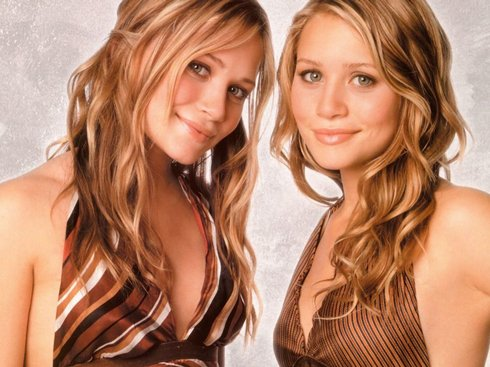 olsen_twins_04_gtwallpapers_com_res.jpg