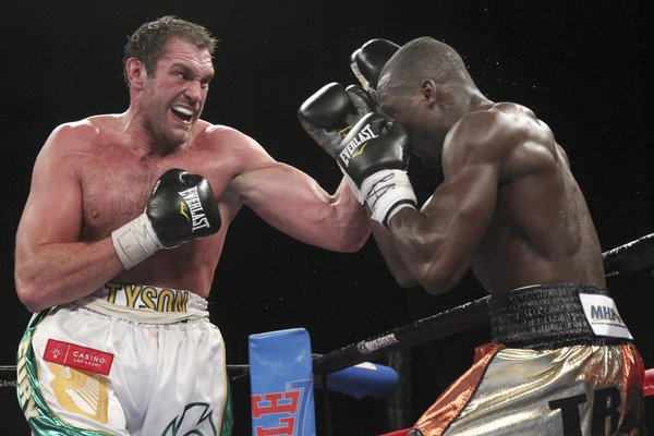 fury_cunningham_boxing-6be862c64c984a039_r2886_res.jpeg