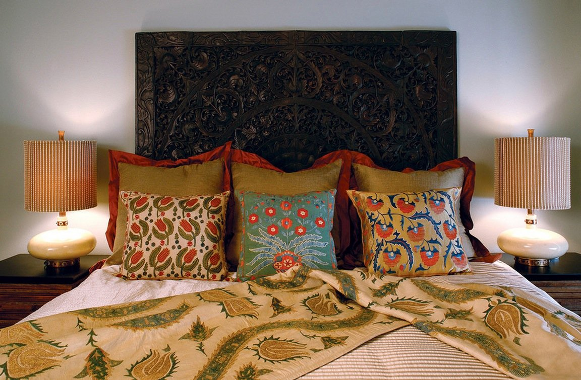 mix-and-match-patterns-bedroom.jpg
