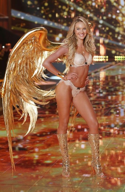 victorias-secret-fasion-show-2014-london_r9137_res.jpg