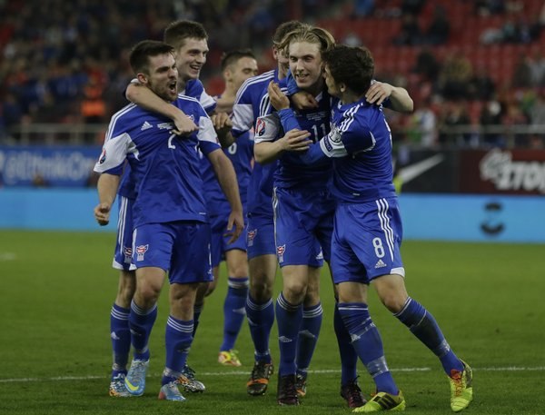 greece_faroe_islands_euro_soccer-1bd9ccd_r8496_res.jpeg