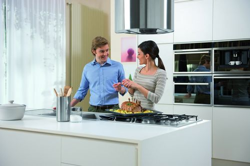 hotpoint-cooking-for-family1-r533_res.jpg